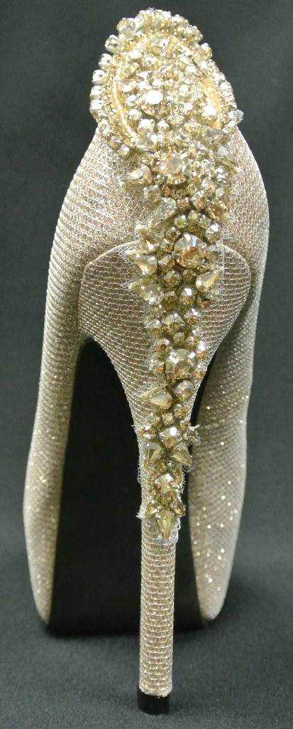 gold shoe applique